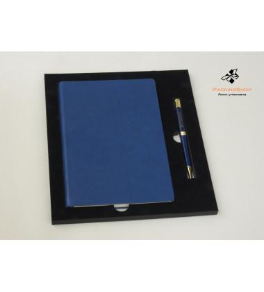 Ложемент из Эва для ежедневника и ручки с кашировкой флоком