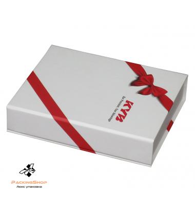 Коробка с полноцветной печатью с крышкой на магните