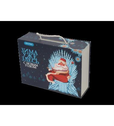 Коробка новогодняя чемоданчик