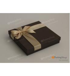 Подарочная коробка коричневая с бантом